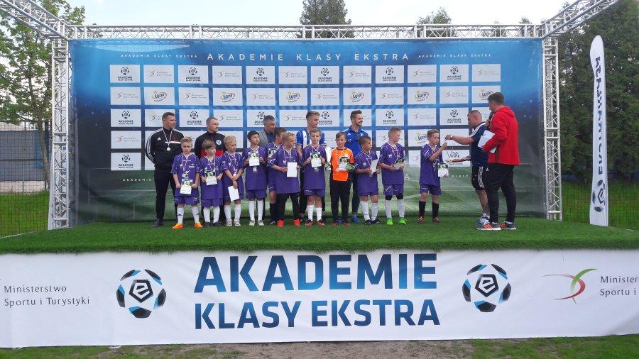 Przegladasz: Sukces młodych piłkarzy.