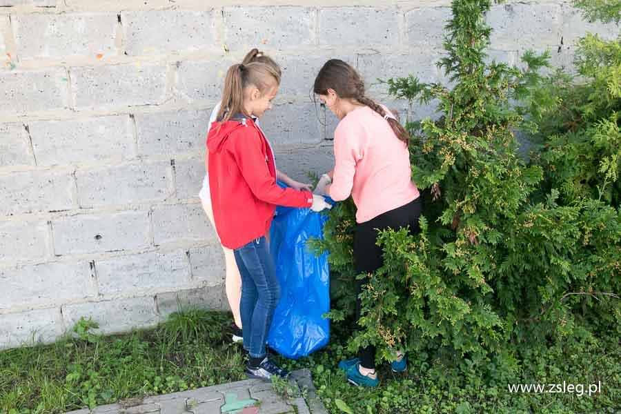 Przegladasz: Sprzątanie świata - akcja ekologiczna.