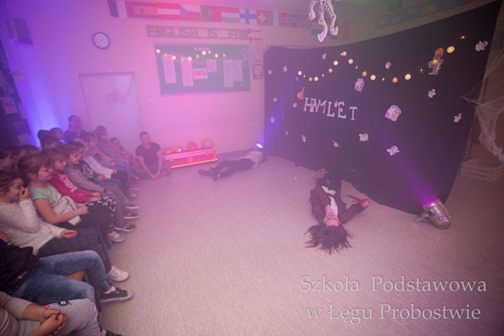 Przegladasz: Projekt 'Hamlet's Eve'