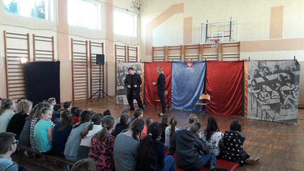 Przegladasz: TEART – profilaktyczny teatr z Krakowa.