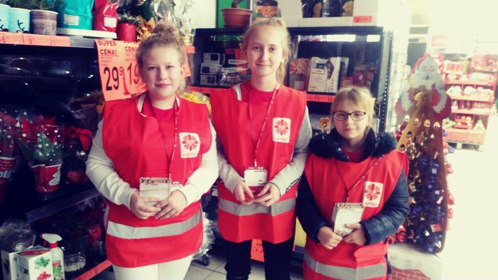 Przegladasz: Świąteczna zbiórka żywności  dla Caritas Płock.