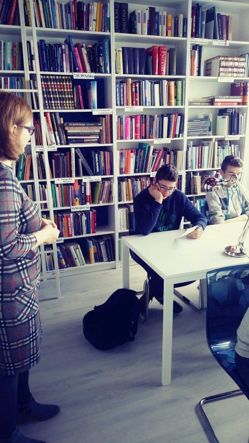 Przegladasz: Biblioteka pedagogiczna.