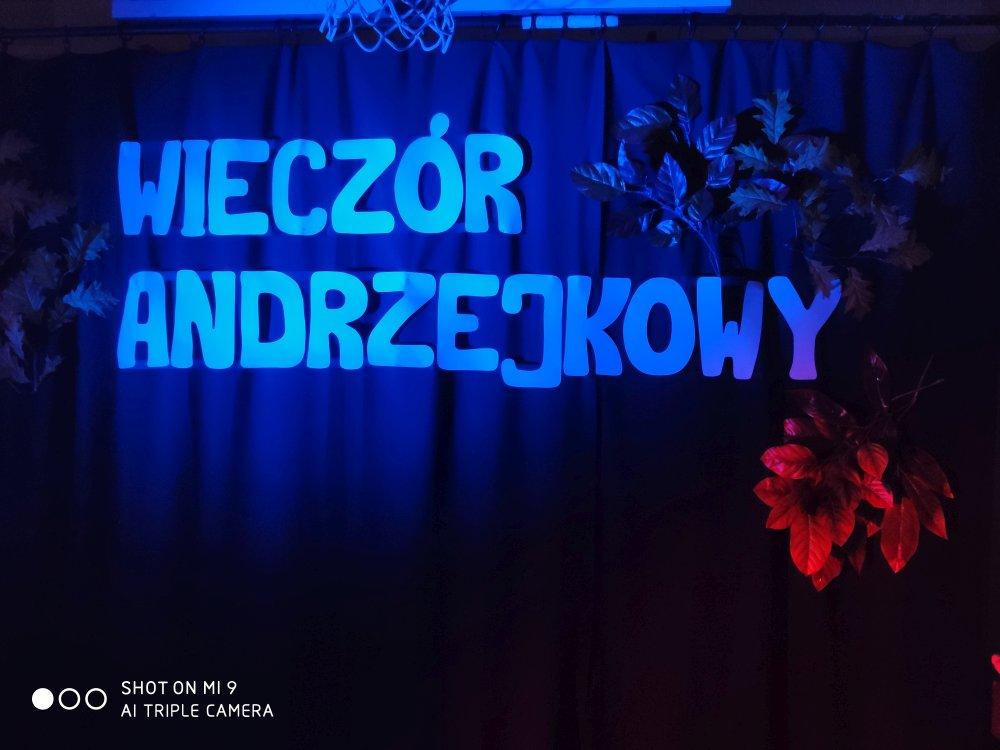 Przegladasz: Andrzejki.