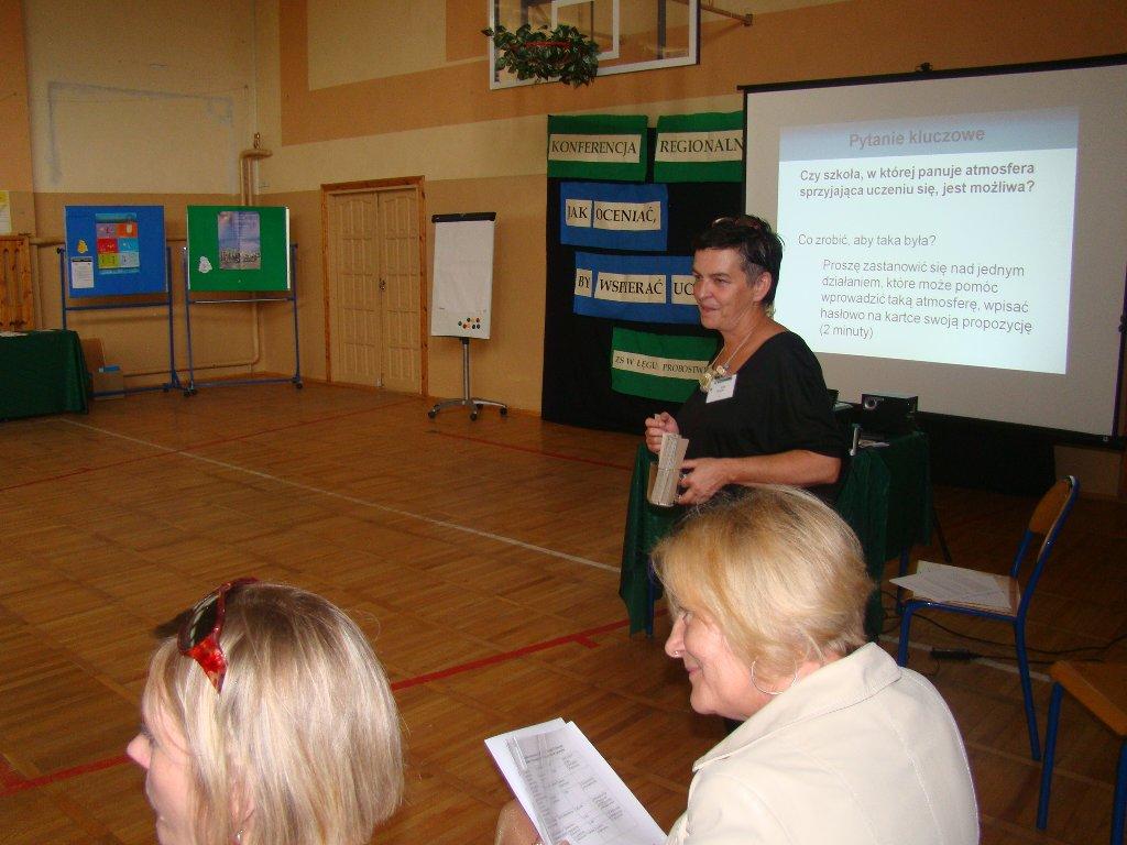 """Przegladasz: Konferencja Regionalna """"Jak oceniać, by wspierać ucznia"""" w Zespole Szkół w Łęgu Probostwie."""